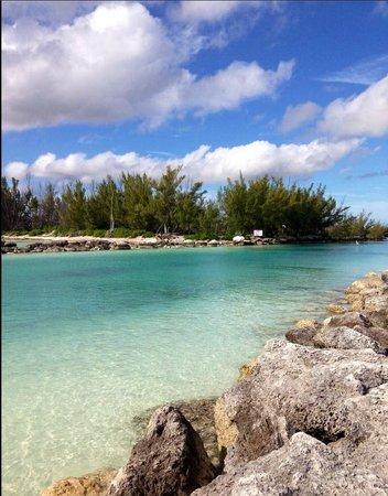 Grand Lucayan, Bahamas: Canal