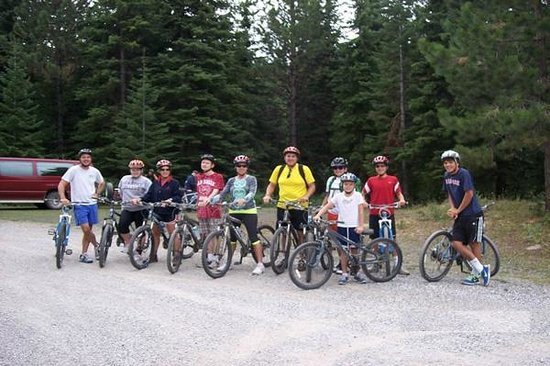 Pollock, ID: Biking near lodge