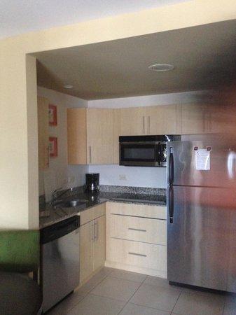 Residence Inn by Marriott San Jose Escazu: Cocina