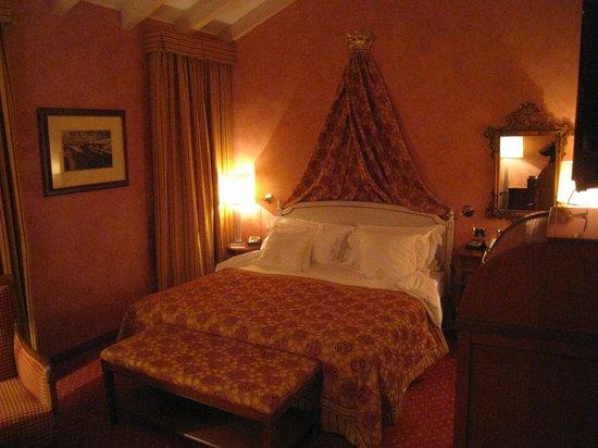 Castello Dal Pozzo: Room