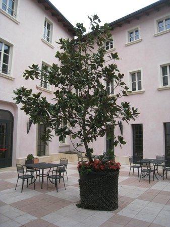 Castello Dal Pozzo : Hotel