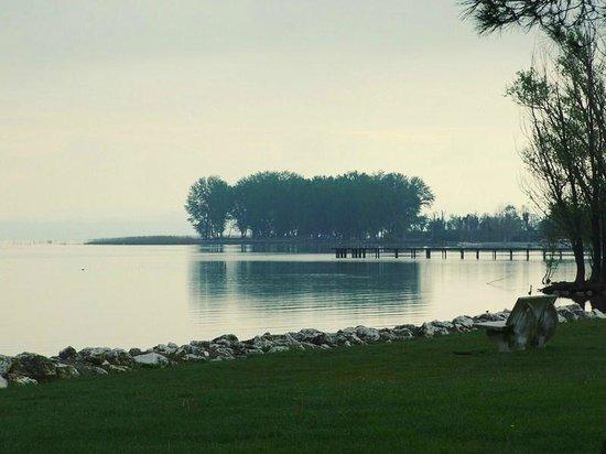 Villaggio Turistico Lugana Marina: На озере рядом с Лугана Марина