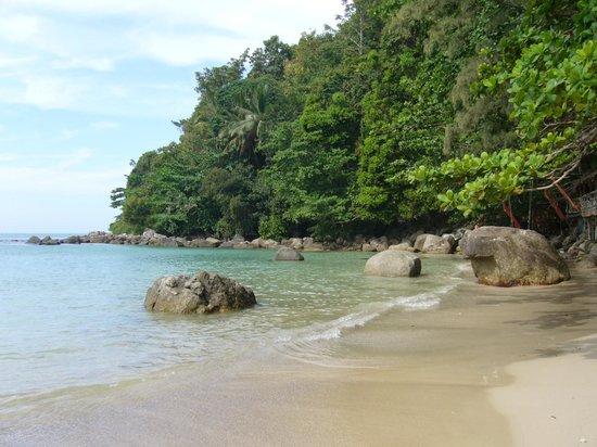 Swissotel Resort Phuket Kamala Beach : Norra delen av stranden