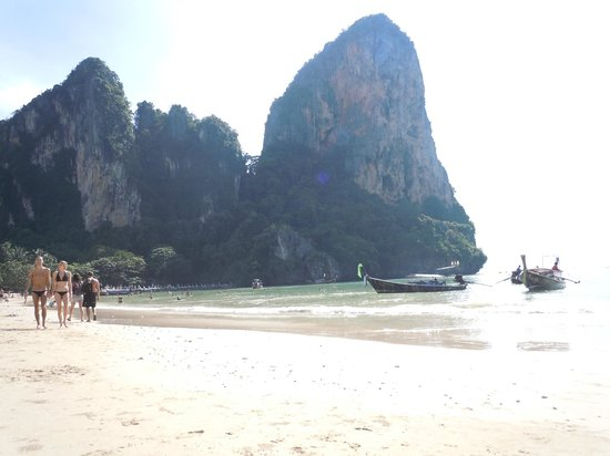 Railay Village Resort : West Railay Beach