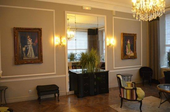 Hôtel Bradford Elysées - Astotel: un des salons