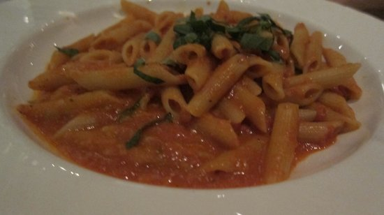 Casa Dante : Good simple pasta but $$$$