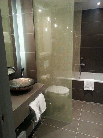 Hotel UNIC Prague: Bathroom