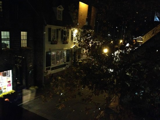 Fluke Wine Bar & Kitchen : View from table by window