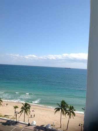 The Westin Beach Resort, Fort Lauderdale: View of beach from room