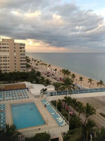 The Westin Beach Resort, Fort Lauderdale: View from room looking north