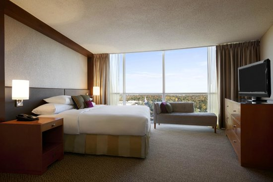 Presidential Suite Bedroom Picture Of Hilton Memphis Memphis Tripadvisor