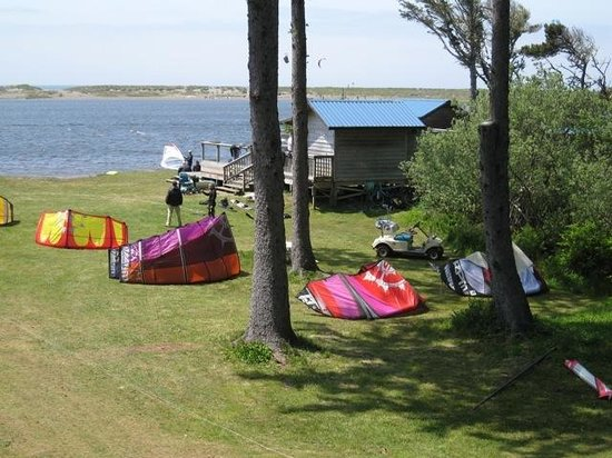 Langlois, OR: Floras Lake Windsurfing & Kiteboarding