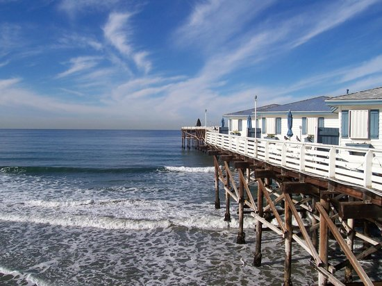 Crystal Pier Hotel & Cottages: View from Boardwalk