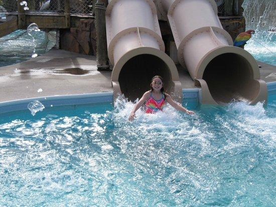 Liki Tiki Village: Water slide fun