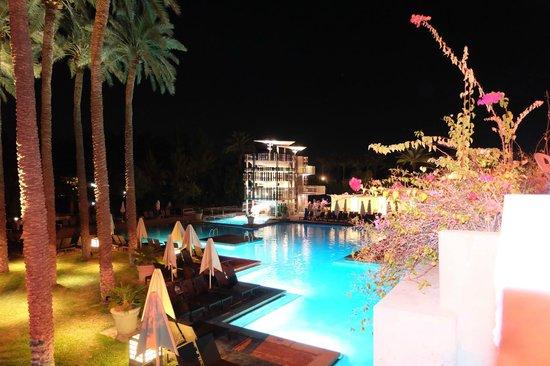 Hyatt Regency Scottsdale Resort and Spa at Gainey Ranch : pool at night