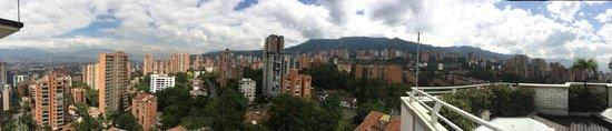 Hotel Poblado Alejandria: Vista desde el ultimo piso...