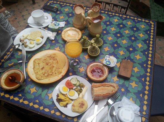 Riad Al Madina : Frukost