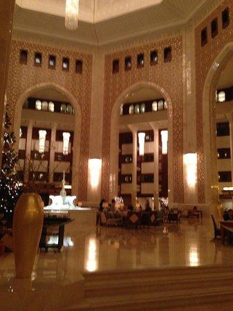 Al Bustan Palace, A Ritz-Carlton Hotel: the lobby
