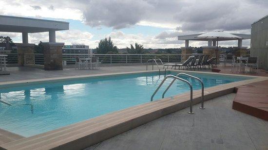 Hotel Dreams Araucania: Vista pileta exterior