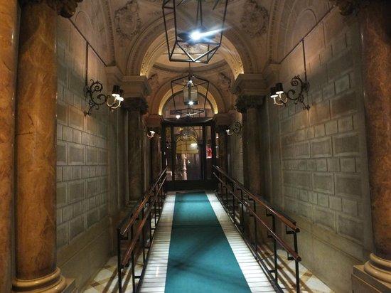 Hotel Praktik Rambla: Hotel Entrance