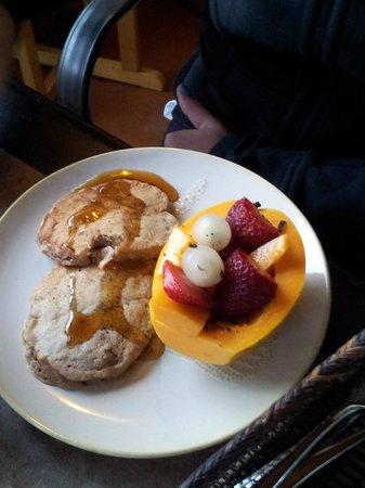Waipio Rim : Impeccably prepared and delicious breakfast