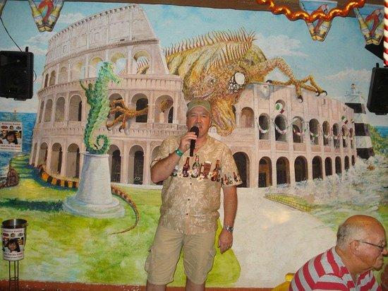Cafe Roma: Me singing