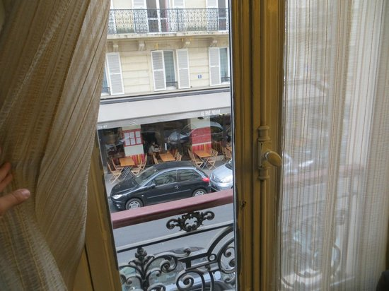 Hotel du College de France : Vista desde la habitación