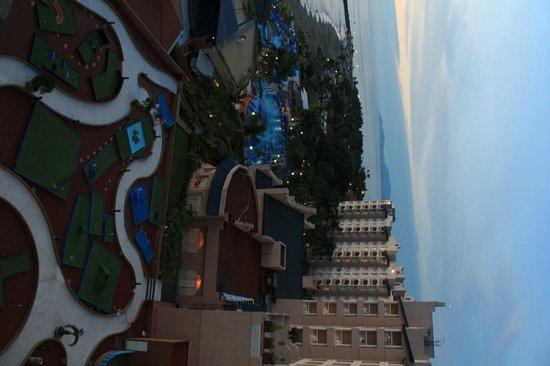 Azul Ixtapa Beach Resort & Convention Center: mini golf