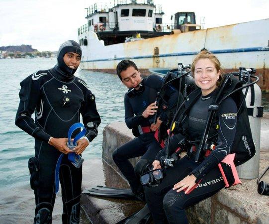 Galapagos Underwater: Buceo, San cristobal