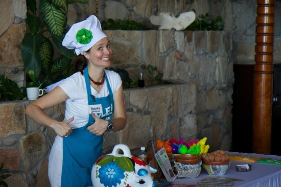 Salsa and Salsa Mazatlan: Dancing Chef Maaike (THAT'S not a Mexican name)