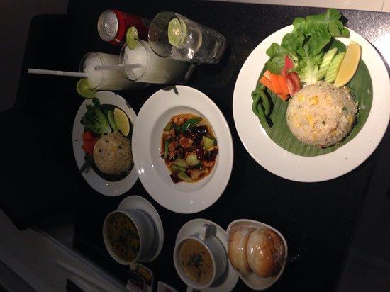 Mandarin Oriental, Bangkok : Servizio in camera