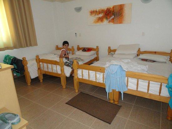 Resort Monte das Oliveiras : Apartamento Caiscais - um dos dois quartos