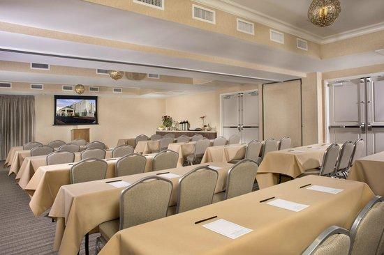 Ayres Hotel Fountain Valley/Huntington Beach : Flexible Meeting Room