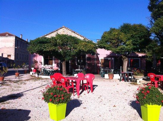 Restaurant Le Cezanne à Vercheny