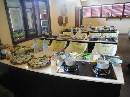 Vy's Market Restaurant & Cooking School: Class