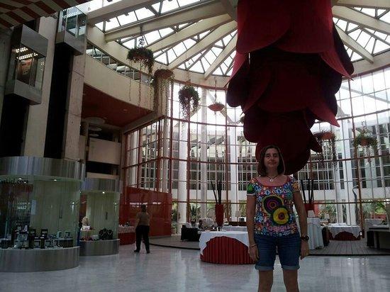Silken Al-Andalus Palace Hotel: Hall