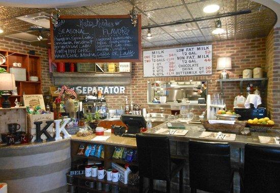Wine/pastry bar: fotografía de Kate39;s Kitchen, Franklin  TripAdvisor
