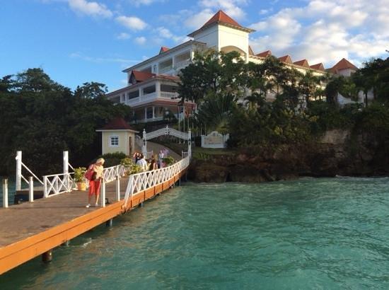 Luxury Bahia Principe Cayo Levantado Don Pablo Collection: hotel entrane