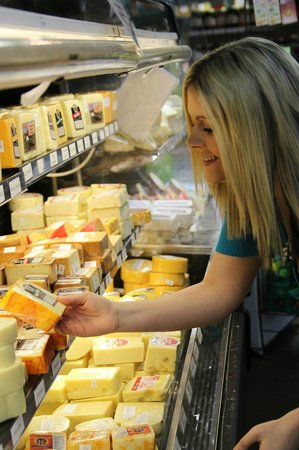 Medbery Marketplace : Amish Cheeses