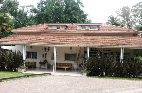 Howard Johnson Hotel Finca Maria Cristina: Recepción