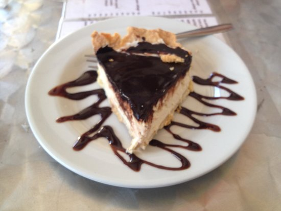 Cafe Kitsch: Chocolate peanut butter pie.