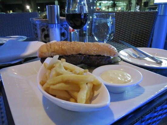 InterContinental Johannesburg OR Tambo Airport: The perfect midnight snack:  the restaurant is open round-the-clock