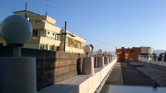 Leonardo Hotel Tiberias : Foto da área externa do mezanino