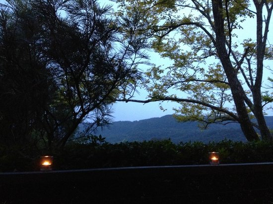 Silos Estate : The view from our verandah at dusk