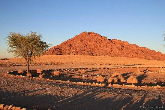 Desert Camp: Alvorescer