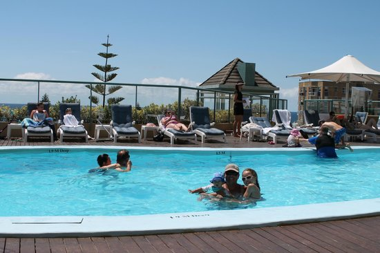 Crowne Plaza Hotel Coogee Beach Sydney Swimming Pool