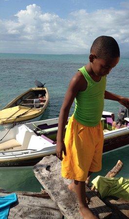 Taino Cove : Cute kid at Pelican Bar!