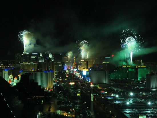Four Seasons Hotel Las Vegas: New Year's Fireworks