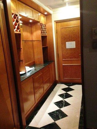 Best Western Hotel Hong Kong : Corridor 2
