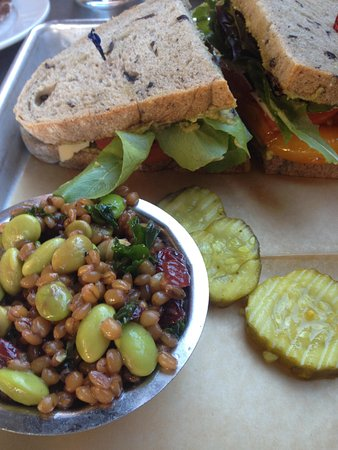 The Grove Cafe & Market: Sandwich